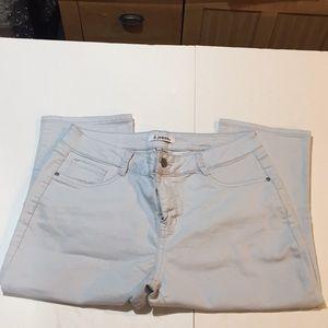d. jeans Pants - D. Jeans Capris Silver Blue